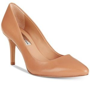 INC Zitah Pointed Toe Pumps - Nude size 61/2
